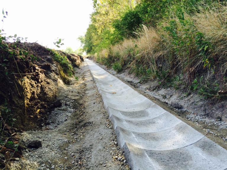 Odvodňovací kanál Slovenský Grob